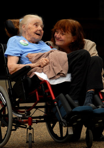 Marybeth Kuznik and her mother, Merle, who has no health insurance